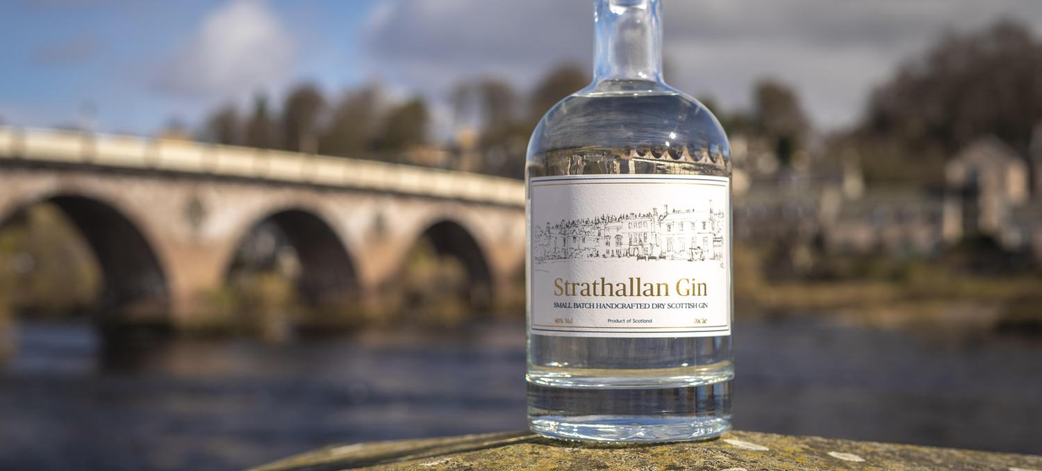 Strathallan School launches gin with The Perthshire Distillery Co